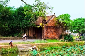 Picture of Duong Lam village - Bat Trang village private tour