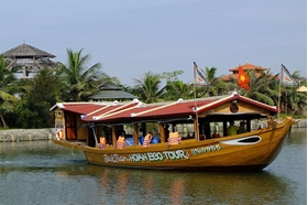 Picture of Jacktranecotours - Fishermen & Palm Paradise