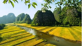 WHY IT IS WORTH SPENDING AT LEAST 1 DAY IN NINH BINH