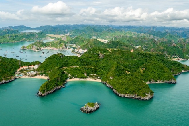 Picture of Cat Ba Island
