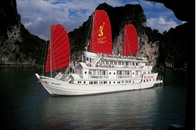 Picture for category Deluxe Cruises